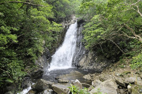 Things to do in Okinawa - Hiji Falls - Poppin' Smoke