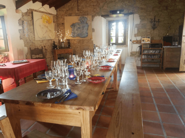 The long dining room table where we enjoyed our wine tasting at Vinhos de Corem in Portugal.